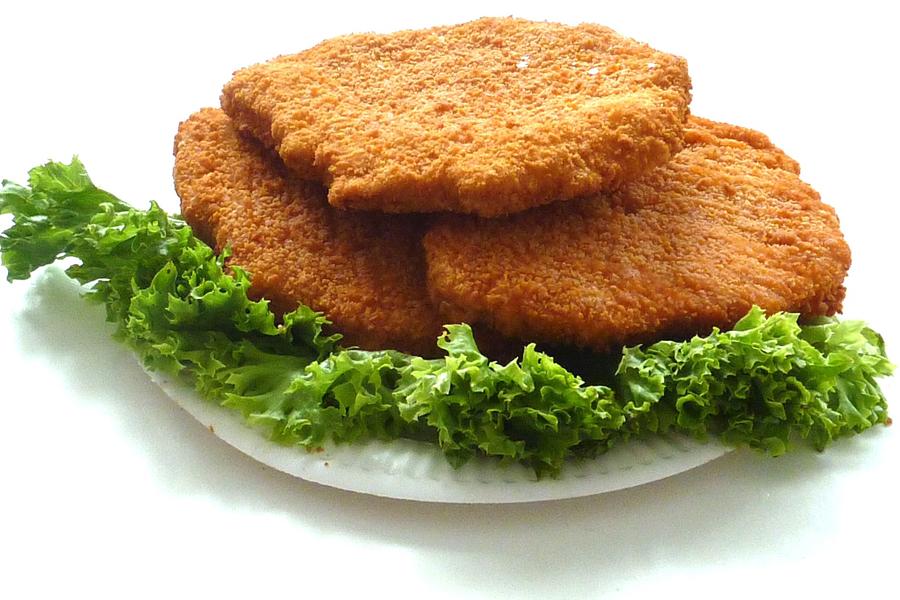 Metzgerei Zwiesler - Schnitzel aus der Heißen Theke